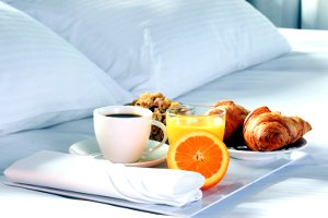 breakfast-on-the-beach-arenablue-tulum-boutique-hotel-mexico